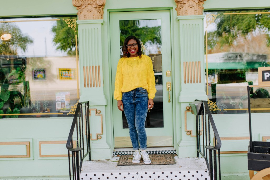 Merry and Bright Black Friday Deals With SHEIN the perfect sweater for the holidays winter style