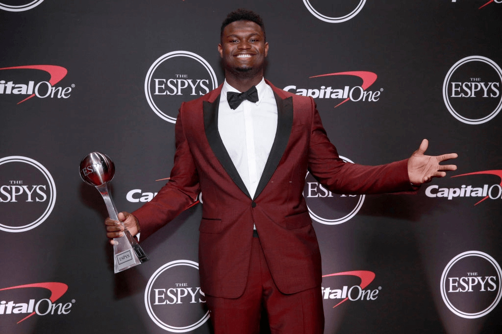 LOS ANGELES, CALIFORNIA - JULY 10: Zion Williamson poses with his ESPY for Best College Athlete at The 2019 ESPYs at Microsoft Theater on July 10, 2019 in Los Angeles, California.