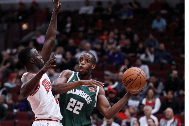 CHICAGO, USA - OCTOBER 6: Khris Middleton (22) of Milwaukee Bucks in action during the preseason NBA game between Chicago Bulls and Milwaukee Bucks, in Chicago, United States, on October 6, 2017.