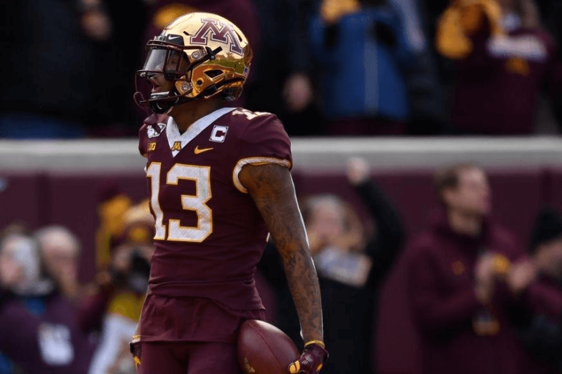 MINNEAPOLIS, MINNESOTA - NOVEMBER 09: Wide receiver Rashod Bateman #13 of the Minnesota Golden Gophers scores a touchdown against the Penn State Nittany Lions during the first quarter at TCFBank Stadium on November 09, 2019 in Minneapolis, Minnesota.