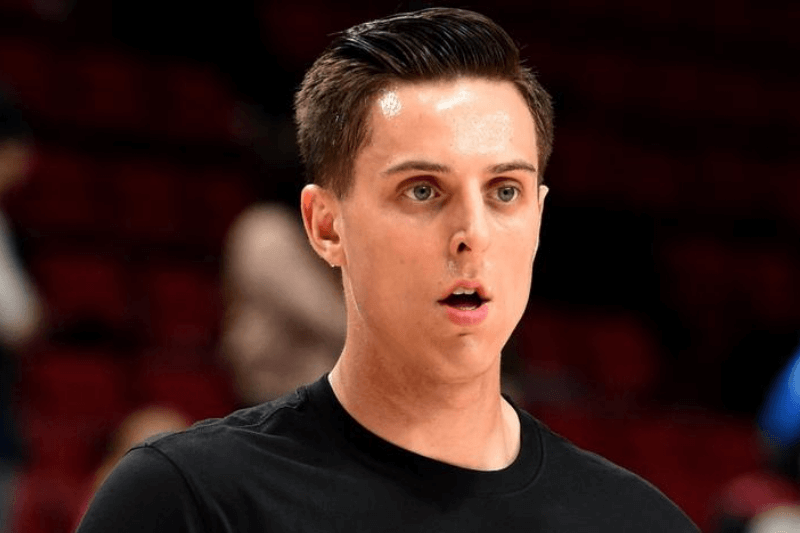 Feb 21, 2020; Portland, Oregon, USA; Portland Trail Blazers forward Zach Collins (33) warms up before a game against the New Orleans Pelicans at Moda Center.