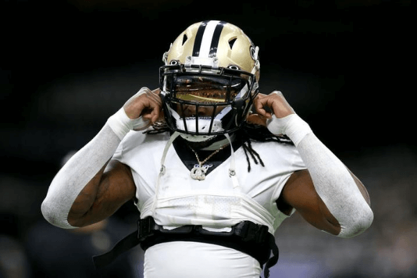 NEW ORLEANS, LOUISIANA - JANUARY 05: Alvin Kamara #41 of the New Orleans Saints in action during the NFC Wild Card Playoff game against the Minnesota Vikings at Mercedes Benz Superdome on January 05, 2020 in New Orleans, Louisiana.
