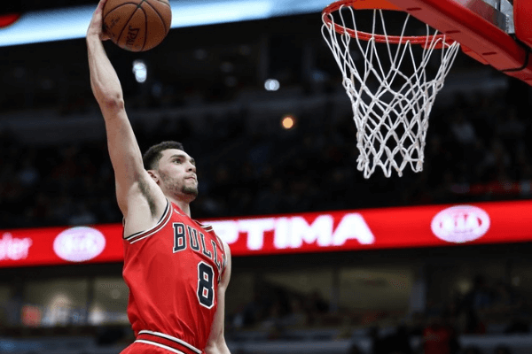 Zach LaVine (8) of Chicago Bulls in action during the NBA basketball match between Chicago Bulls and Toronto Raptors at the United Center in Chicago, Illinois, United States on February 15, 2018.