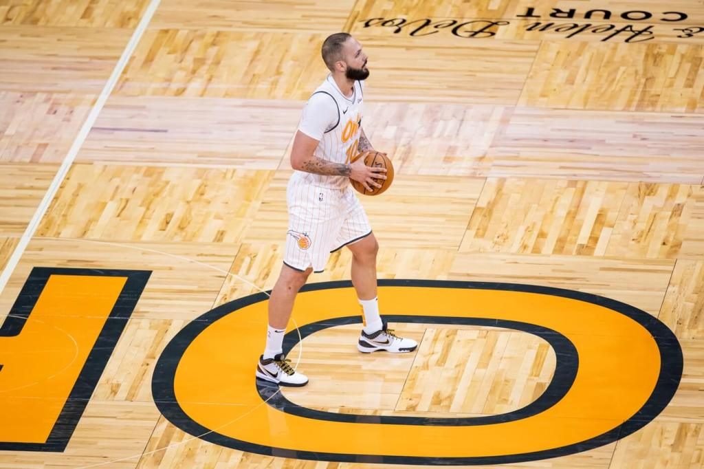 Mar 24, 2021; Orlando, Florida, USA; Orlando Magic guard Evan Fournier (10) stands at midcourt during the second quarter of a game between the Phoenix Suns and the Orlando Magic at Amway Center. Mandatory Credit: Mary Holt-USA TODAY Sports