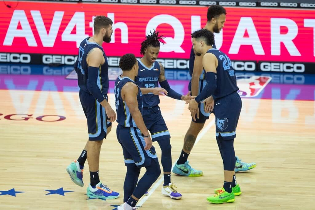 PHILADELPHIA, PA - APRIL 04: Jonas Valanciunas #17, Desmond Bane #22, Ja Morant #12, Dillon Brooks #24, and Kyle Anderson #1 of the Memphis Grizzlies react against the Philadelphia 76ers at the Wells Fargo Center on April 4, 2021 in Philadelphia, Pennsylvania. NOTE TO USER: User expressly acknowledges and agrees that, by downloading and or using this photograph, User is consenting to the terms and conditions of the Getty Images License Agreement. (Photo by Mitchell Leff/Getty Images)