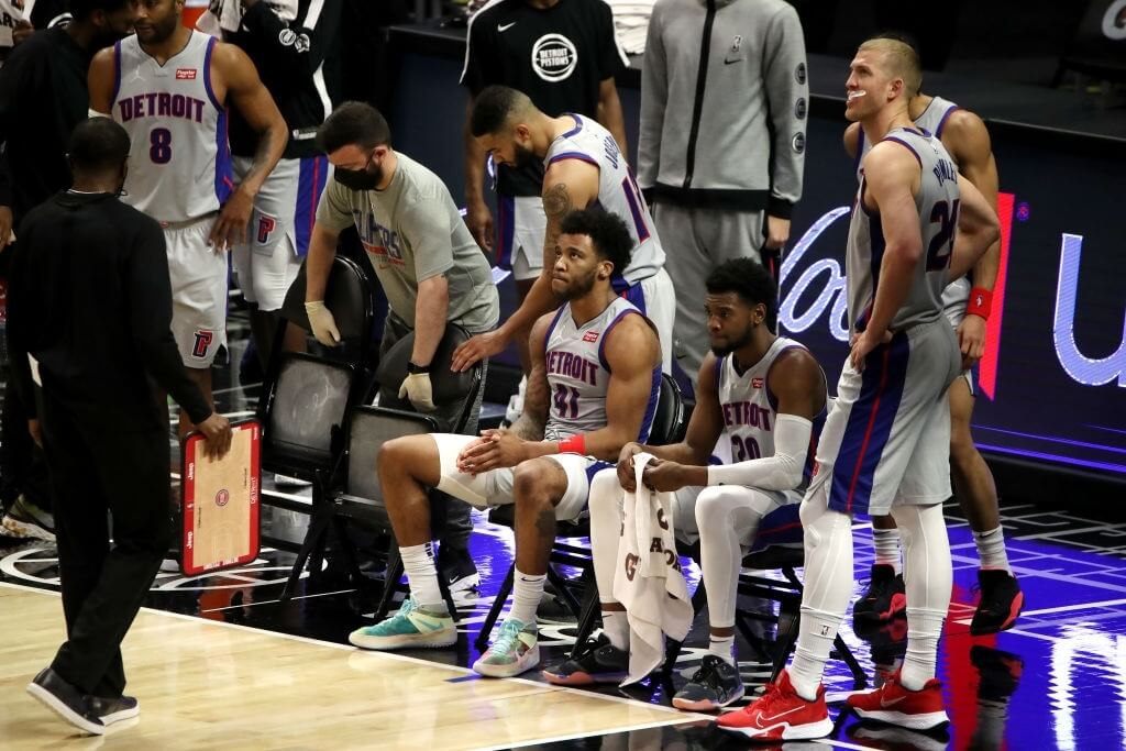 LOS ANGELES, CALIFORNIA - APRIL 11: Saddiq Bey #41, Josh Jackson #20 and Mason Plumlee #24 of the Detroit Pistons look on during a timeout during the fourth quarter against the Los Angeles Clippers at Staples Center on April 11, 2021 in Los Angeles, California.  NOTE TO USER: User expressly acknowledges and agrees that, by downloading and or using this photograph, User is consenting to the terms and conditions of the Getty Images License Agreement. (Photo by Katelyn Mulcahy/Getty Images)