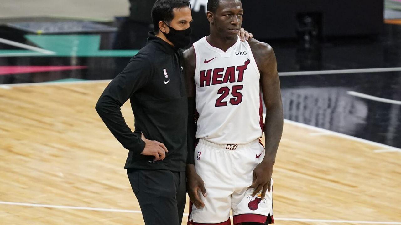 Apr 21, 2021; San Antonio, Texas, USA; Miami Heat head coach Erik Spoelstra talks with guard Kendrick Nunn (25) during the fourth quarter against the San Antonio Spurs at AT&T Center. Mandatory Credit: Scott Wachter-USA TODAY Sports