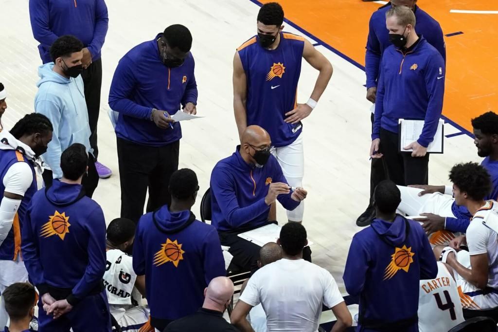 Apr 12, 2021; Phoenix, Arizona, USA; Phoenix Suns head coach Monty Williams talks to his team in the second half against the Houston Rockets at Phoenix Suns Arena. Mandatory Credit: Rick Scuteri-USA TODAY Sports
