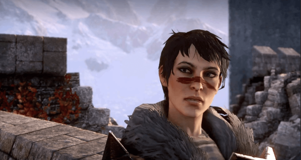 Marian Hawke stands in Skyhold and looks at the camera. Dragon Age Inquisition, BioWare, EA, 2014