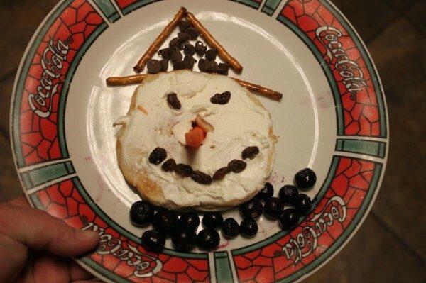 Snowman Bagels - a Fun Food for Kids