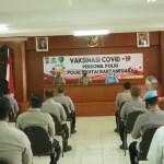 Ratusan Anggota Polres Kukar Jalani Vaksinasi Covid-19