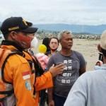 Tim SAR Gabungan Lakukan Pencarian Korban Terseret Arus Di Pelabuhan Ratu