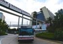 ¿Hay transporte gratuito entre los parques y hoteles de Walt Disney World?