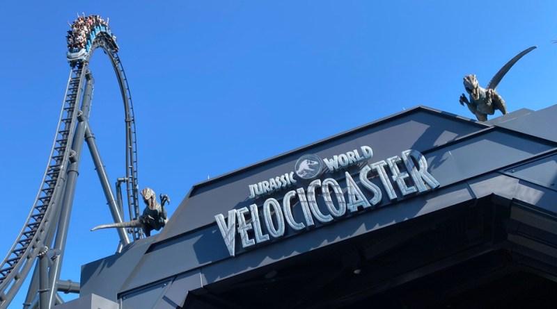 Jurassic World VelociCoaster celebra su gran inauguración