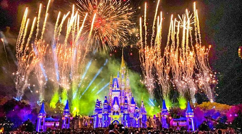 ¿Disenchantment? Qué está pasando con el nuevo show de luces de Magic Kingdom