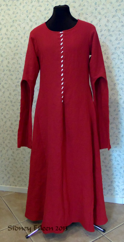 Red Linen Front Lace Kirtle with Dangle Sleeves - Front View