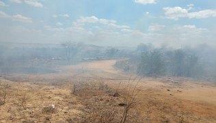 Fumaça-tirou-moradores-das-imediações-de-suas-casas