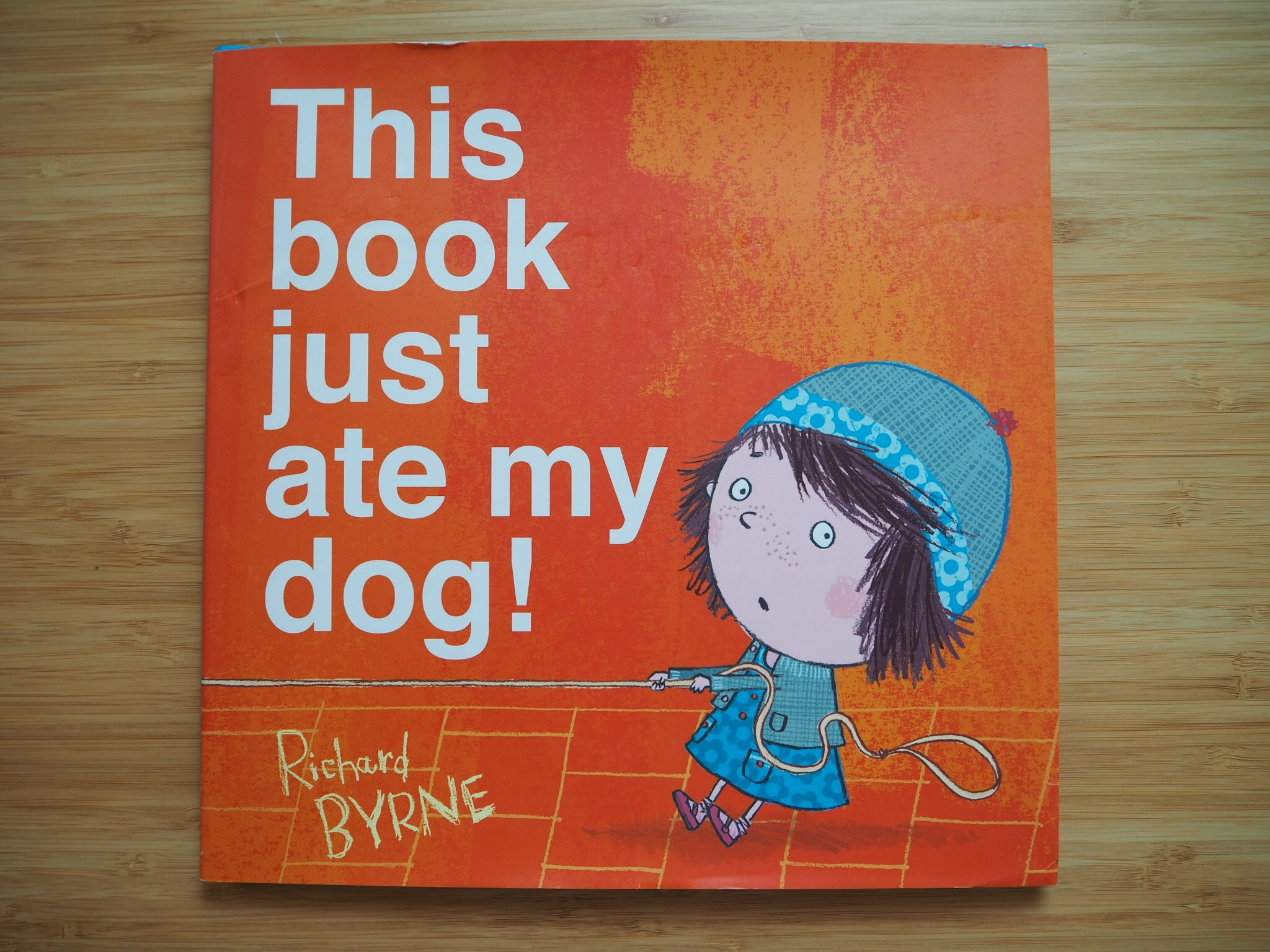 This Book Just Ate My Dog 《這本書吃了我的狗》 封面