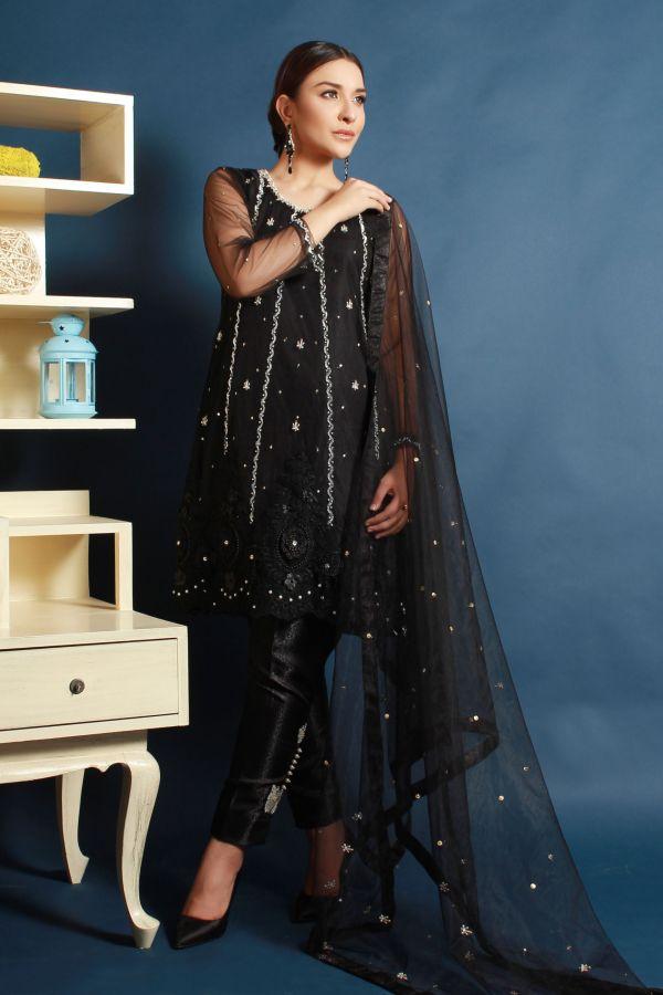 Chantilly Black