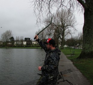 Picture 5 Frame 2 keep throwing stick at 90 degrees to your back. Frame two with a straight and swift movement bring the throwing stick towards the area where you want the bait. Frame three a