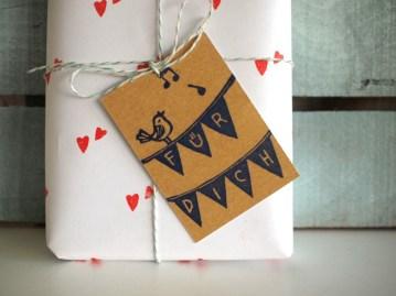 87b97-fc3bcrdich_gifttags_1