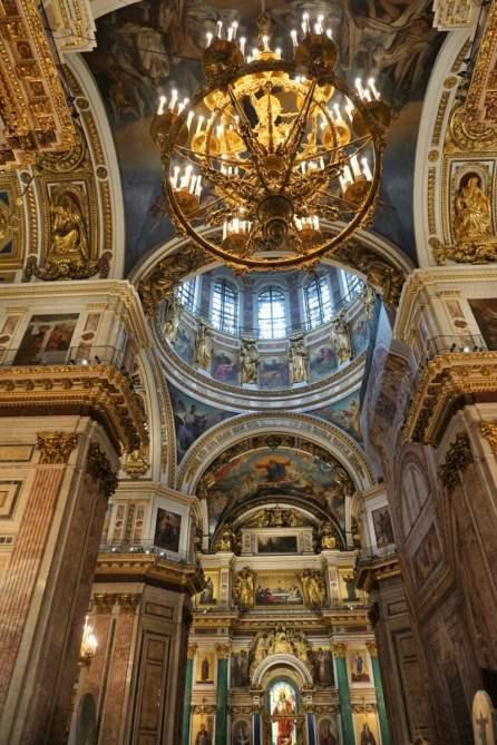 12000 Besucher haben Platz in die Kathedrale