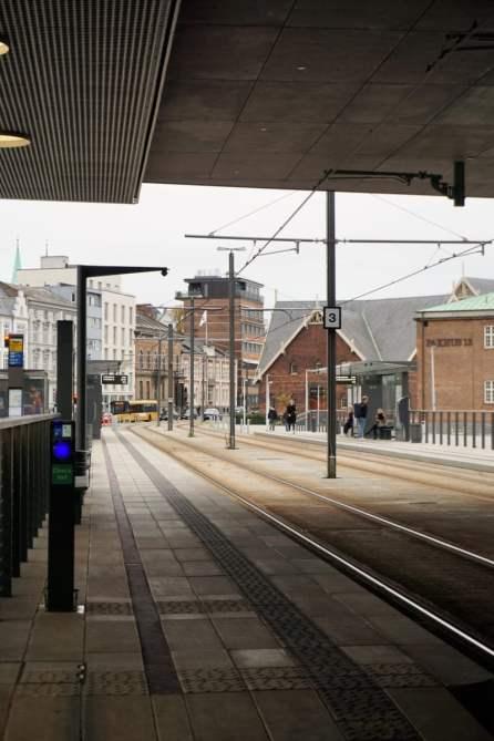Straßenbahnstation am Dokk1