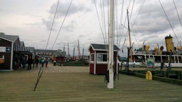 Schalter für Ausflugsboote