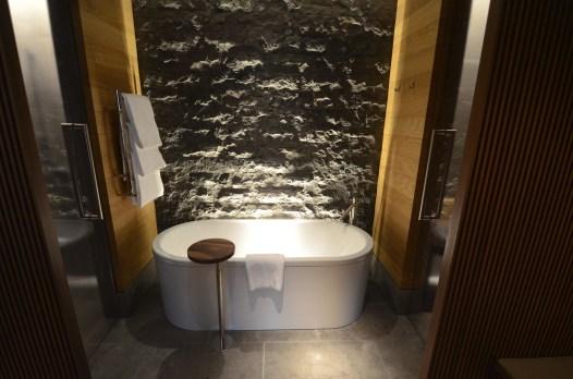 Salle de bains - Le Chedi Andermatt - Spectaculaire hôtel - Hôtel, Suisse