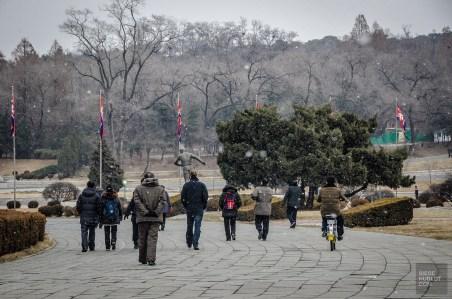 neige pietons - Les Nords-Coreens - Coree du Nord, l'envers de la medaille - Asie, Coree du Nord