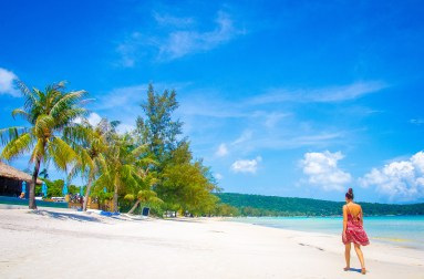 marche solitaire - Un paradis secret, Koh Rong Samloem, Cambodge - Asie, Cambodge