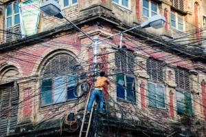 reparation fils electrique - kolkata - L Inde du Nord en quatre étapes - Asie, Inde