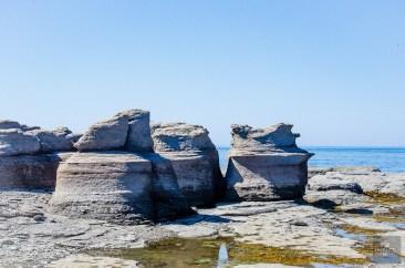 monolithes ile Nue 2 - Escapade l Archipel de Mingan, Cote-Nord, Quebec - Quebec