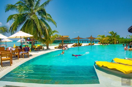 piscine - Centara ras fushi - Les Maldives, le grand luxe en plein ocean Indien. - Asie, Maldives