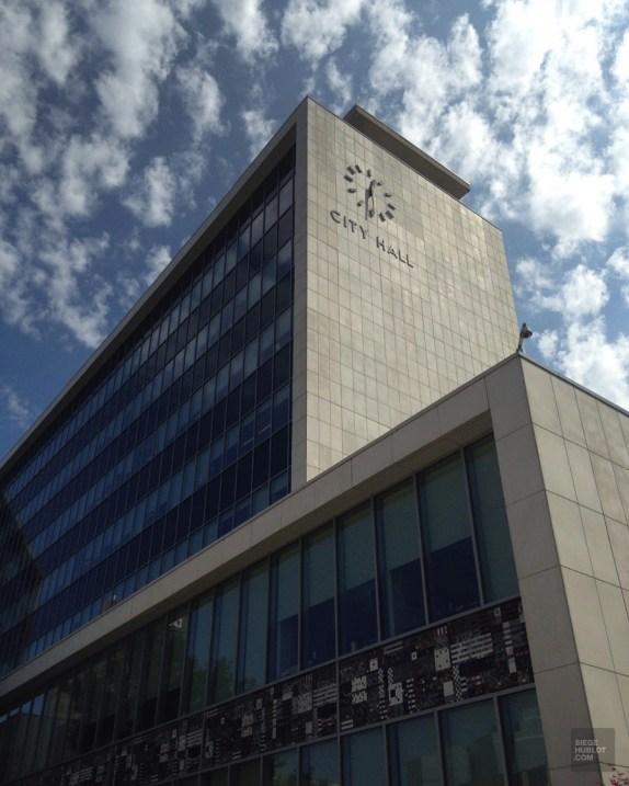 City Hall de Hamilton, architecture mid-century modern - L'ambitieuse - Road trip en Ontario - Amérique du Nord, Canada