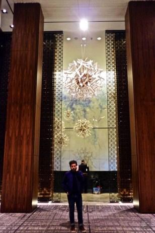 Benoit Roberge lobby hotel - Hôtel Four Season - Week-end de gars à Toronto - Amérique du nord, Canada