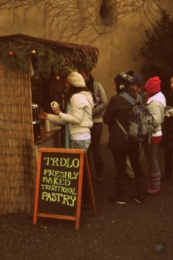 Kiosque patisserie - Prague, République tchèque - Marchés de Noël - Europe, Autriche, République tchèque, Slovaquie