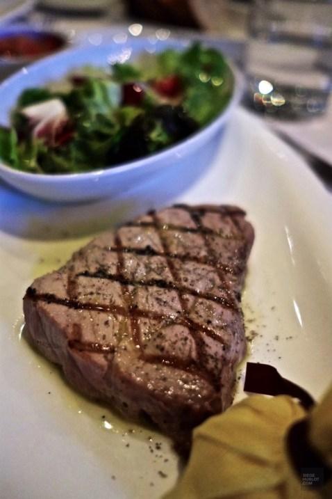 Steak de thon Sotto Sotto - Lunch au Sotto Sotto - Week-end de gars à Toronto - Amérique du nord, Canada