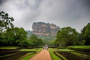 route rocher du lion - vieilles cites, temples et monasteres - Sri Lanka, au cœur de l ile - Asie, Sri Lanka