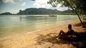 Relaxer sur un bean bag - Accès à la plage privée - Krabi et son unique resort écologique - Asie, Thaïlande