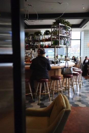 Cafe + Bar - The Broadview - 12 Hôtels à Toronto - Amérique du Nord, Canada, Ontario