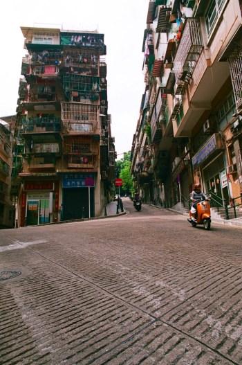 Mobylette - Macao au cinéma - Découvrir - Destination, Asie, Chine