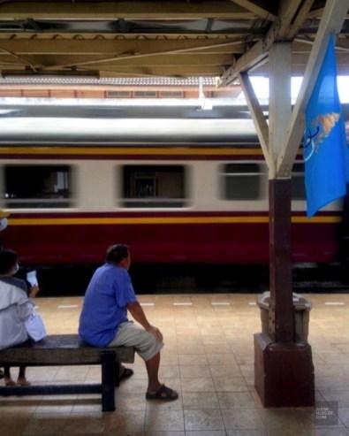 Gare ferroviaire d'Ayutthaya - Thaïlande - Le parc historique d'Ayutthaya - Destination, Asie, Thaïlande