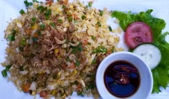 Riz frit aux légumes - Et encore plus! - 12 Restos Coups de Coeur à DaNang - Destination, Asie, Vietnam, Restos