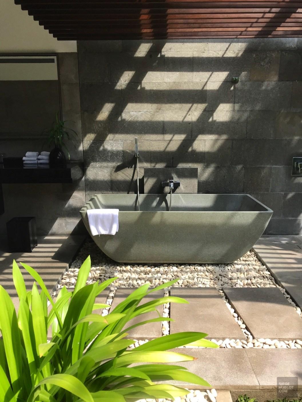 Baignoire extérieure - Service et confort - Vivre le rêve à Bali - Asie, Indonésie, Hôtels