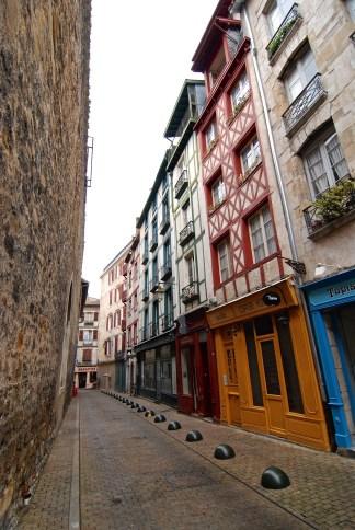 Maisons à colombages - Bayonne et Biarritz - Destination Nouvelle-Aquitaine - France, Europe