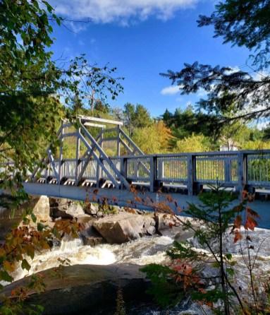 La chute à Ménard - Auberge du Lac Taureau - Amérique du Nord, Canada, Québec, Lanaudière, À haire, Hôtels, Roadtrip