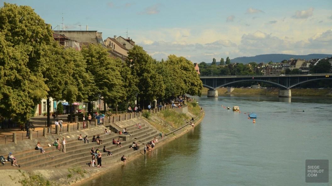 Nager dans le Rhin - Une activité à ne pas manquer - Bâle, une ville au coeur de trois pays - Destination, Europe, Suisse