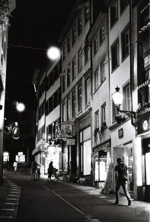 Rue piétonne - Faire les boutiques - Bâle, une ville au coeur de trois pays - Destination, Europe, Suisse