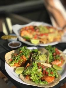 Tacos aux crevettes sur le bord de la piscine - Les restaurants - Boutique hôtel à Mazatlan - Amérique du Nord, Mexique
